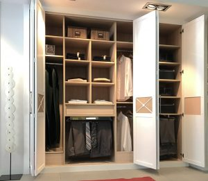 interior armario lacado