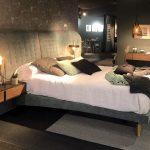 dormitorio tapizado nogal